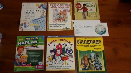 books1.jpg.b0a2890f346c84b97c63dc31b6ed4e7a.jpg